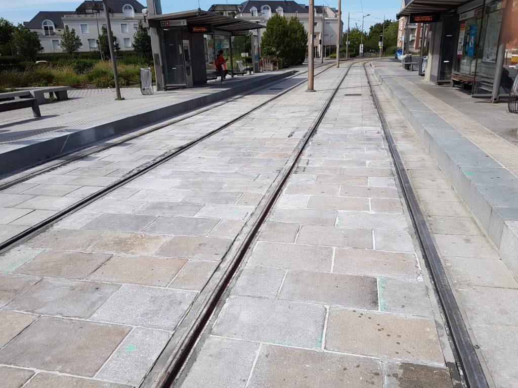 Tramway d'Orléans remplacement de coupons de rails